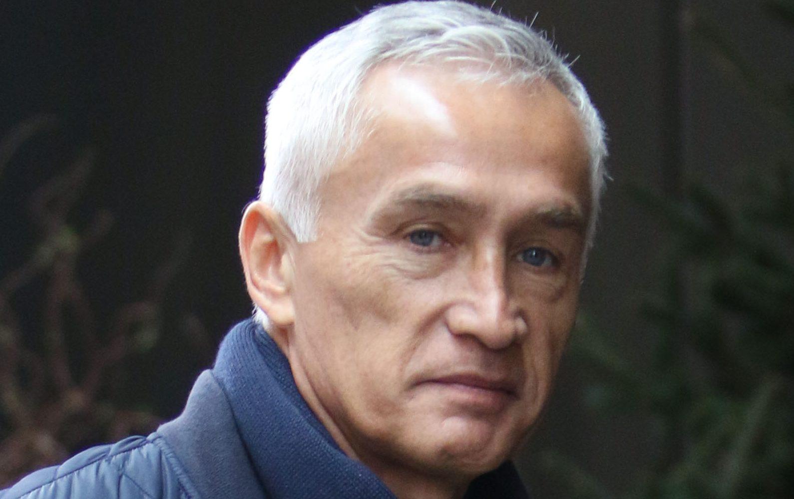 Radio José | Jorge Ramos levanta muro y lo tachan de hipócrita