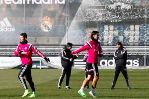 Cristiano-Ronaldo-reta-a-Carlo-Ancelotti-en-entrenamiento-del-Real-Madrid.jpg