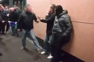 La-Policía-arresta-a-un-hincha-tras-brutal-pelea-en-Inglaterra.jpg