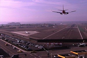 Seguridad-es-prioridad-en-aeropuerto-de-SD-tras-ataques-en-París.jpg