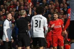 Steven-Gerrard-expulsado-42-segundos-después-de-entrar-al-campo.jpg