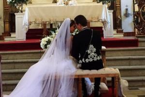 anah-y-su-esposo-presumen-boda-en-las-redes.jpg