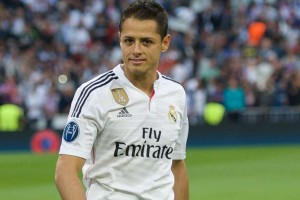Real Madrid tiene preferencia para intentar quedarse con Chicharito Foto: Mexsport