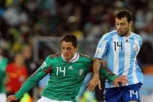 El último juego entre ambos fue en el Mundial Sudáfrica 2010 Foto: Mexsport