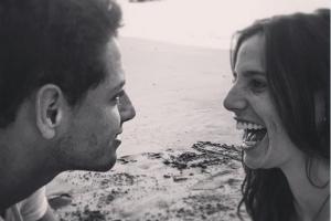 Javier Hernández  con su novia. Foto: Tomada de Twitter