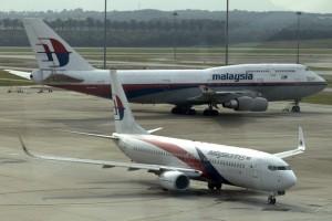 Malasia-quiere-recuperar-los-restos-del-avion-abatido-para-un-memorial-650x413