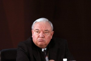 Arzobispos-catolicos-realizan-un-exorcismo-para-expulsar-el-mal-de-Mexico-650x443