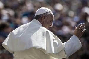 el-papa-acepta-la-renuncia-del-obispo-de-la-dicesis-de-autln-mxico.jpg