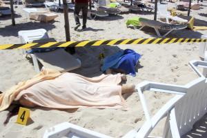 al-menos-27-muertos-en-un-ataque-terrorista-en-tnez-contra-dos-hoteles.jpg