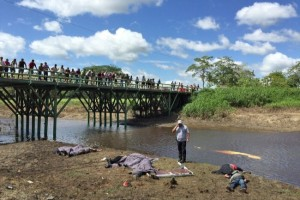 Nueve-migrantes-fallecen-en-un-accidente-en-el-estado-mexicano-de-Tabasco-650x487