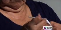 mujer-con-artritis-teje-para-nios-con-cncer.jpg