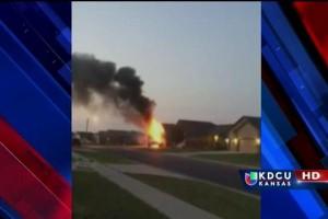 casa-se-incendia-por-no-desechar-apropiadamente-fuegos-artificiales.jpg