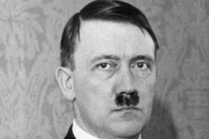 Subastaran-en-Nuremberg-una-acuarela-pintada-por-Hitler-650x985