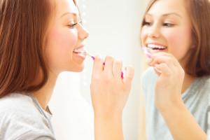 Si no cuidas tu higiene bucal ¡podrías tener un bebé prematuro!