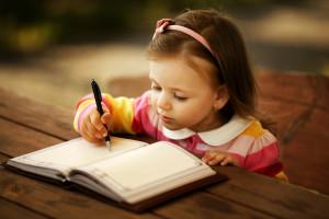 ¿Cómo y cuándo debe tu hijo aprender a leer y a escribir?