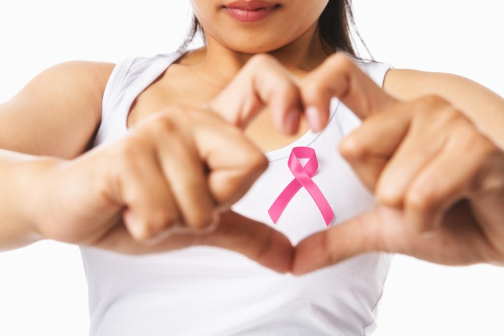 Lactancia materna y otros consejos vs. el cáncer de mama