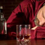 Alcoholismo y depresión del padre afectan el desarrollo del niño
