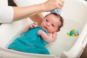Cómo bañar a tu recién nacido