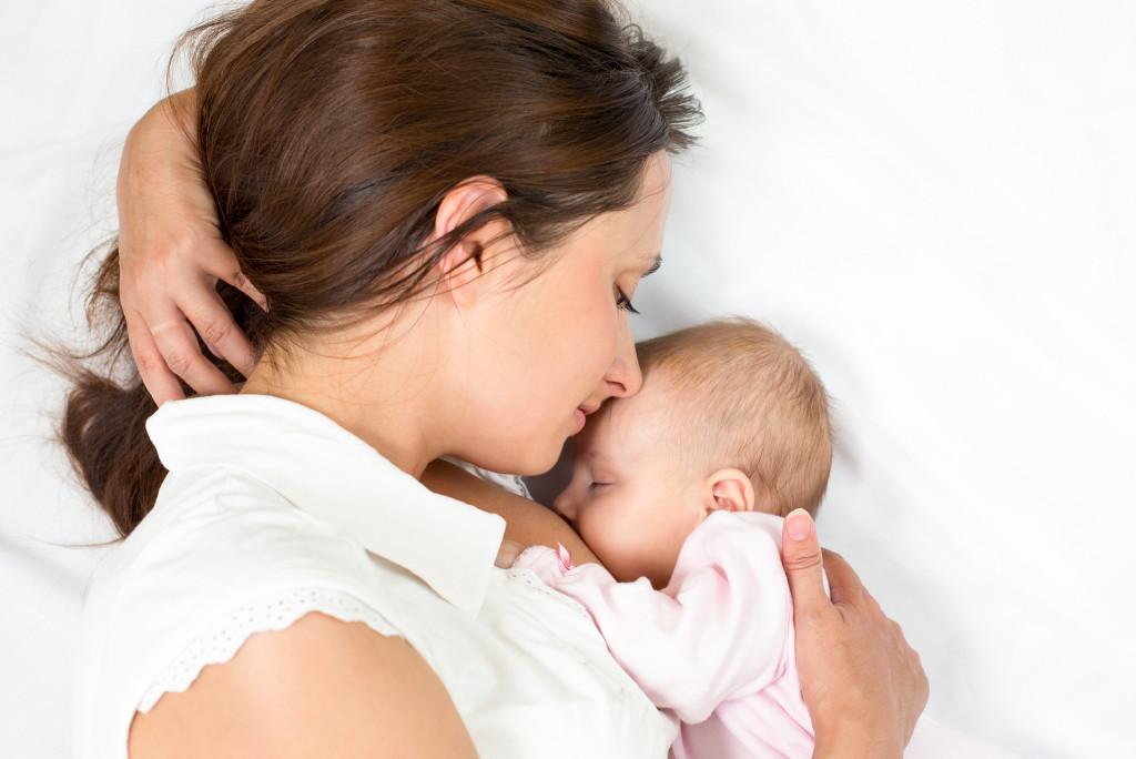 Duerme mejor durante la lactancia