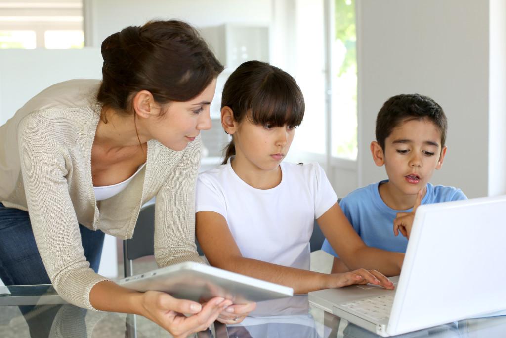 Controles parentales: aprende a aplicarlos