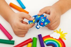 3 maneras sencillas de entretener a los niños