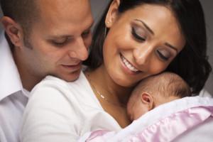 Ideas para obsequiarle a tu esposa cuando nace el bebé