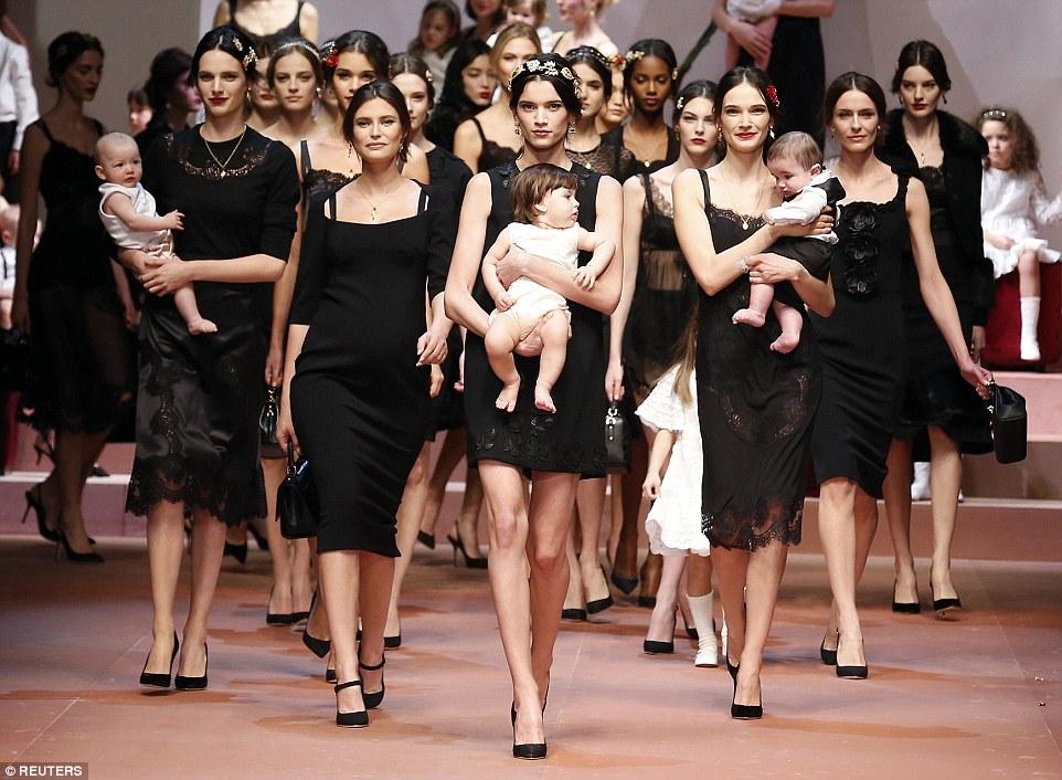 Los bebés como accesorio de moda