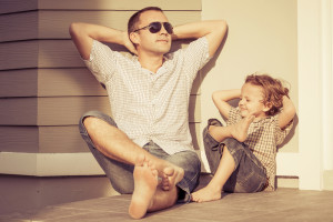 3 actitudes de vida que mis hijos solo pueden aprender de su papá