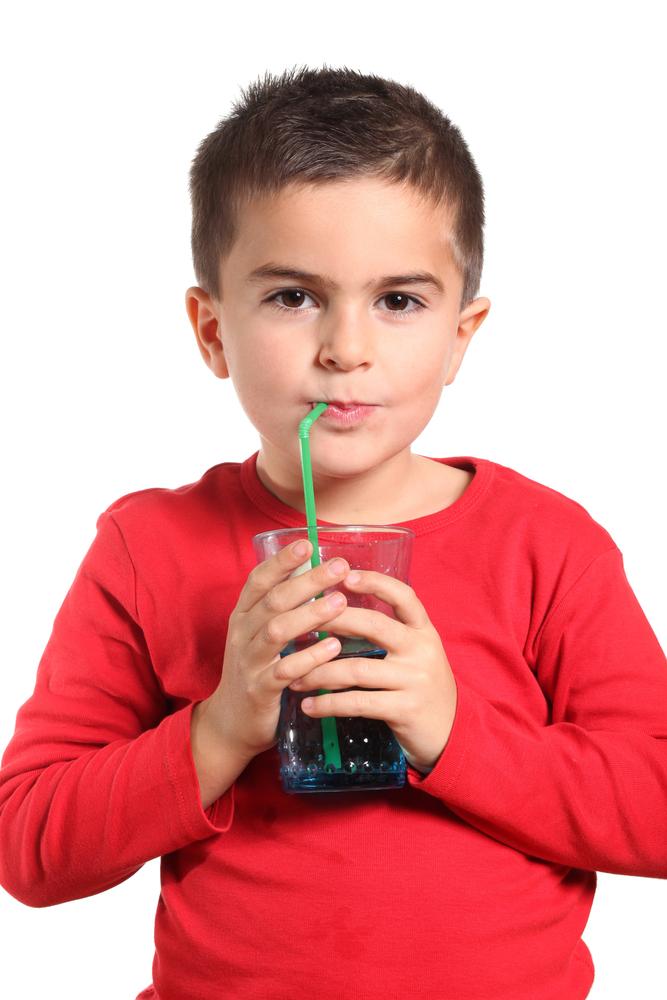 Cinco alimentos que no debes dar a tus hijos