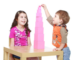 Así es como puedes entretener a los niños en reuniones familiares