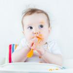 ¿Tu bebé ya tiene seis meses? ¡Necesita comer en su propia silla!