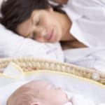 Los bebés deben dormir con sus padres por lo menos los 6 primeros meses, según un estudio