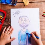 """Este papá transforma los dibujos de su hijo con la """"magia"""" de Photoshop"""