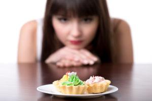 Mala alimentación en la adolescencia podría provocar cáncer de mama