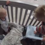 VIDEO: Niño ayuda a su hermanito de un año a escapar de la cuna