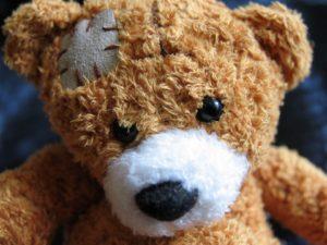 Cinco razones por las que tu hijo ama su muñeco de peluche