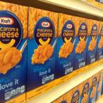 Hallan químico en 'macaroni and cheese' que afecta a niños y embarazadas