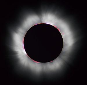 Lo que necesitas saber sobre el eclipse y los temibles mitos en el embarazo