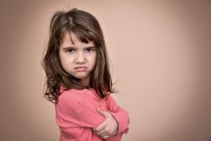 Mal humor en los niños puede ser señal de mayor inteligencia, estudio