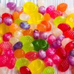 Advierten a los padres sobre dulces con marihuana en Halloween