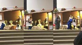 VIDEO: Pequeñitas luchan por el niño Jesús en la iglesia