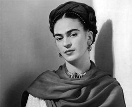 VIDEO: Frida Kahlo y mujeres destacadas inmortalizadas en una Barbie