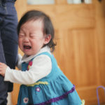 ¿Por qué los niños se portan mejor cuando no está mamá?