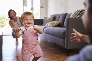 10 consejos para prevenir accidentes durante sus primeros pasos