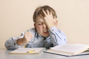 ¿Castigas a tus hijos por traer malas calificaciones?