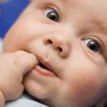 Advierten sobre el uso de benzocaína para calmar molestias de dentición