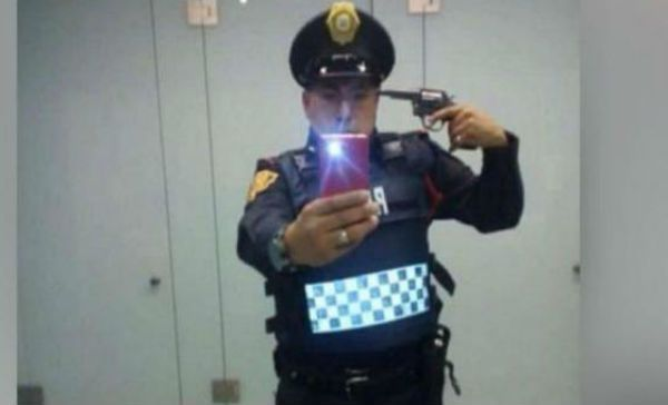 policia selfie