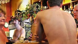 restaurante nudista